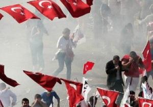 новости Турции - Стамбул - первомай - демонстрации - Первомайские демонстрации в Стамбуле: задержаны 20 демонстрантов