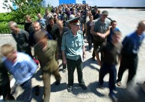 Янукович намерен объявить несовершеннолетним широкую амнистию