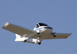 Фотогалерея: Рожденный ездить и летать. США выдали лицензию крылатому автомобилю