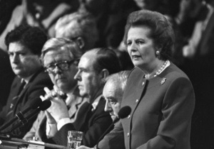 Reuters: Политический крах Тэтчер в 1990 году с точки зрения очевидца