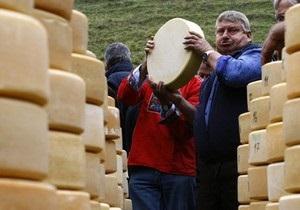 Роспотребнадзор разрешил возобновить поставки сыра четырем украинским предприятиям