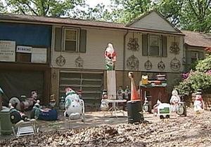 Новости США - странные новости: Жителей американского штата попросили убрать рождественские украшения