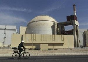 СМИ: США не будут помогать Израилю бомбить Иран