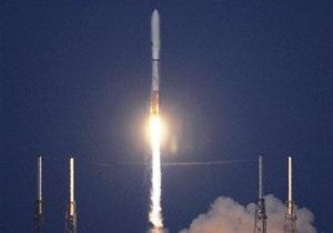 США запустили первый беспилотный орбитальный самолет