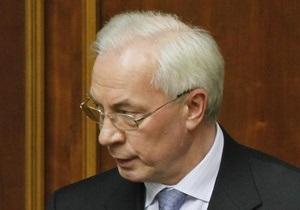 Азаров считает, что цена на газ делает украинскую промышленность нерентабельной