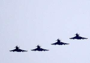 СМИ: После отказа США участвовать в операции в Ливии НАТО столкнулась с нехваткой боевых самолетов