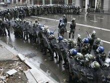 В центр Тбилиси введены спецназ и техника для разгона демонстраций