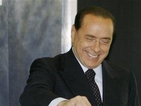 Адвокат Берлускони заявил, что его подопечный готов в суде доказать отсутствие проблем с потенцией
