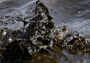 Нефтяная компания Shell борется с утечкой нефти в Северном море