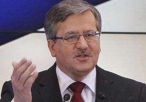 Коморовский намерен провести переговоры с Януковичем перед открытием Евро-2012