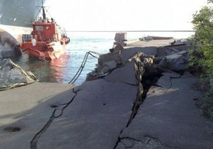 На владельцев либерийского судна подали в суд за повреждение в Одессе причала и корабля