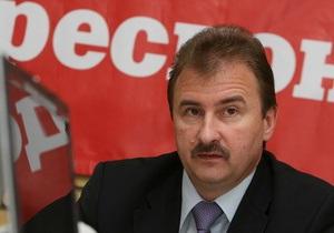 Попов после телефонного звонка неожиданно прервал брифинг. СМИ предполагают, что на Днепре произошло ЧП