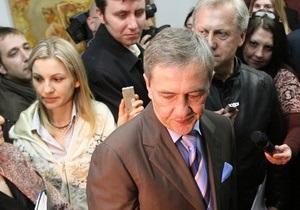 Смена власти в Киеве: Черновецкий не знает, кто такой Рыбак