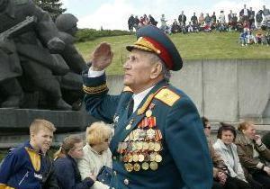 Накануне Дня Победы ветераны СНГ смогут увидеться c помощью Skype