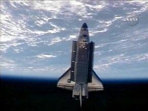 Шаттл Discovery отстыковался от МКС