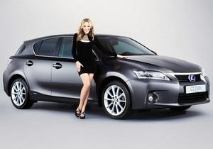 Lexus запустил рекламу с Кайли Миноуг