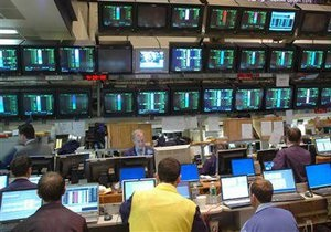 Акции восьми предприятий исключены из биржевого списка Украинской биржи