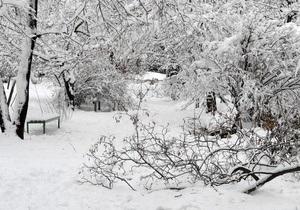 В Киев для ликвидации последствий снегопадов прибыли специалисты из десяти областей