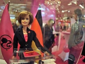 Из Ангелы Меркель сделали куклу Барби