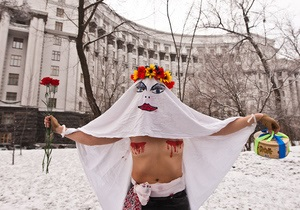 FEMEN: Суд подтвердил правомерность топлес-протестов