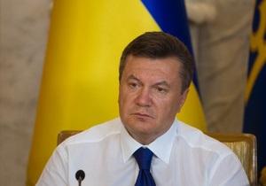 Янукович: В Японию сегодня вечером вылетит украинский самолет