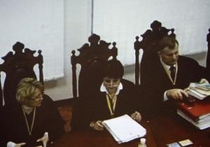 Тимошенко попросила суд рассматривать апелляцию без нее