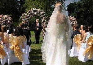 СМИ: Моисеев пока не женился, но собирается