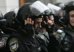 Батьківщина: Беркут не пускает в Киев автобусы с пассажирами из Львова