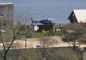 СМИ: В Одессе депутат-регионал прилетел на личный пляж на вертолете стоимостью $5 млн