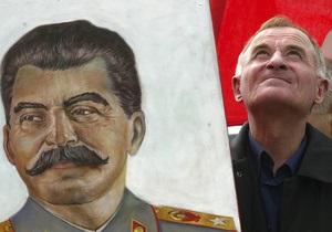 Московские власти не будут размещать 9 мая плакаты со Сталиным