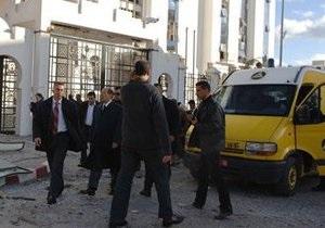 В Алжире вступила в силу отмена режима ЧП, но протесты под запретом