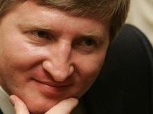 Ахметов не спешит покидать Януковича