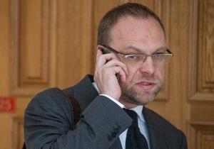 Защита Тимошенко попросит больше времени для ознакомления с результатами судмедэкспертизы