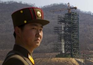Запуск баллистической ракеты - КНДР - Северная Корея