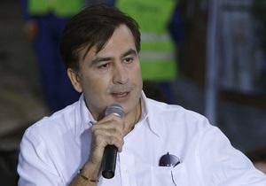 Саакашвили: У меня прекрасные отношения с Януковичем. Я бывал у него в загородном доме