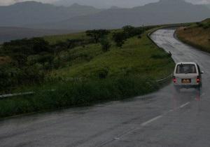 Автобус упал в озеро Титикака в Перу: 15 человек погибли