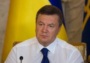Янукович выразил соболезнования в связи с автокатастрофой в Москве