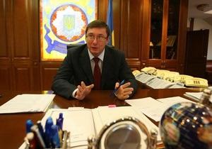 ДТП с Омельченко: Луценко заявил, что не может повлиять на следствие