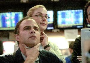 Рынки: Волна распродаж вернулась на фондовые площадки
