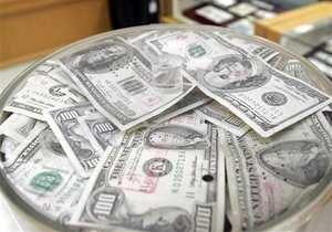 Дело: За первые полгода украинцам перечислили из-за границы более миллиарда долларов