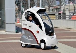 Японцы представили ультракомпактный автомобиль-робот