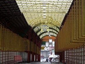 СМИ: Из контейнеров на Черкизовском рынке похищен товар на миллионы рублей