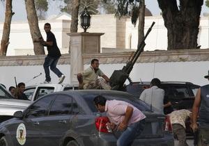 Протестующие разгромили помещения частной телекомпании в Бенгази