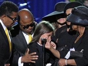 Друг семьи Джексона заявил, что он является отцом дочери певца