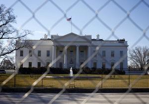 Белый дом может на время остаться без президента и вице-президента