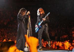 В новом альбоме Aerosmith споют сын Леннона, Джонни Депп и Кэрри Андервуд