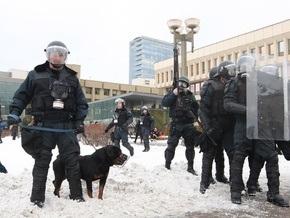 Площадь перед зданием литовского сейма очистили от демонстрантов