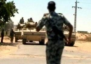 Египет по требованию Израиля выводит танки с Синайского полуострова
