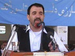 СМИ: Брат Карзая работает на ЦРУ