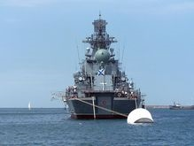 Из Севастополя к берегам Грузии прибыл ракетный крейсер Москва